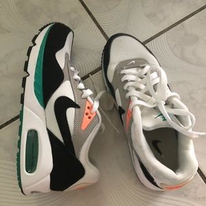 Women's Nike Air Max Correlate